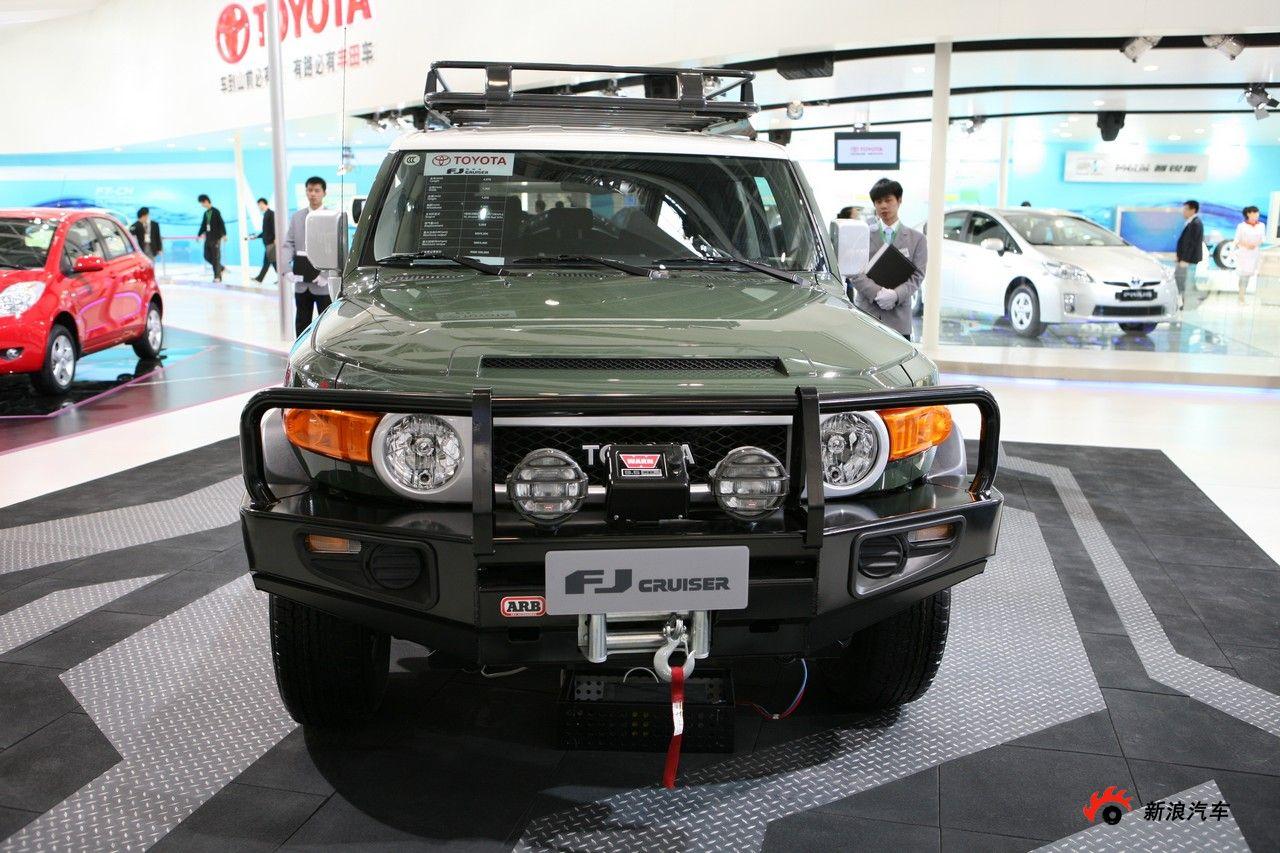 丰田FJ酷路泽