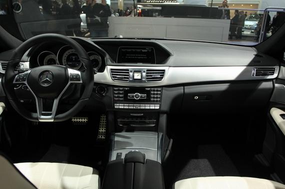 奔驰E-Class Sedan