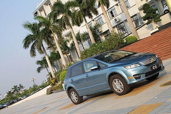 比亚迪e6 CVT纯电动车