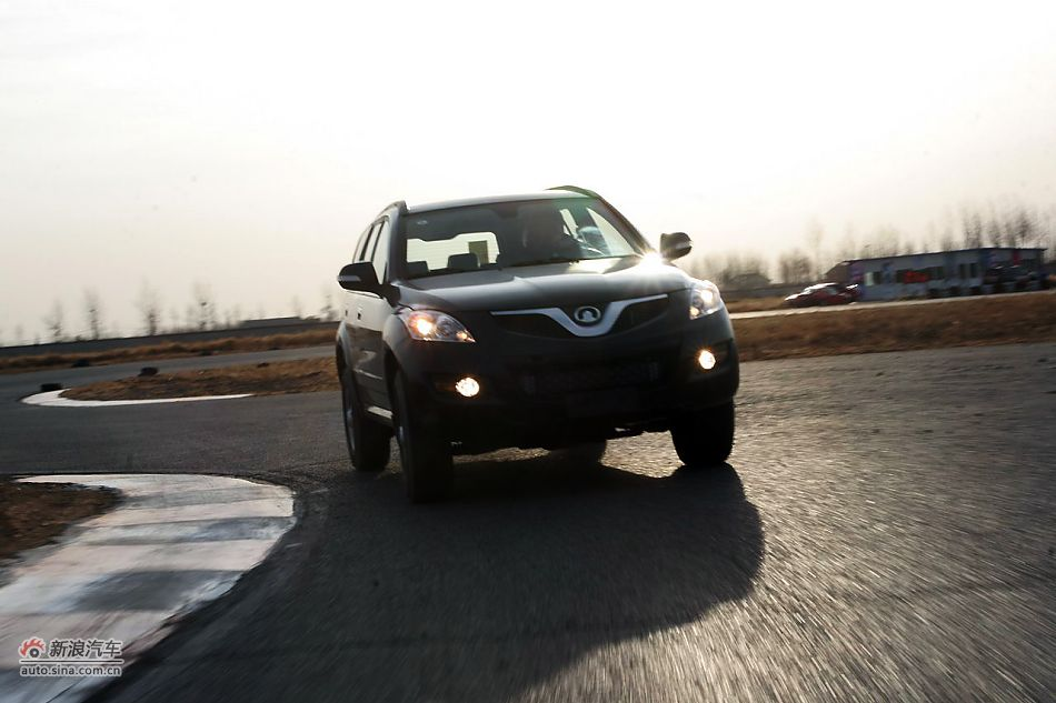 哈弗H5欧风版2.0T柴油自动挡动态