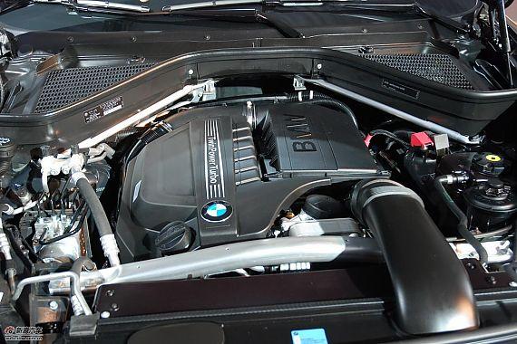 新宝马X5发动机