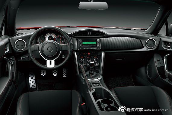 2013款丰田86官方图