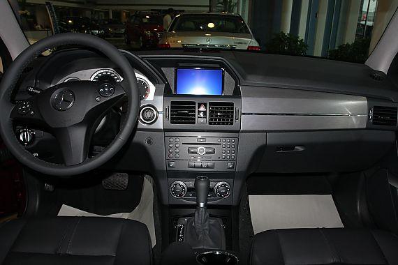 2010款奔驰GLK300时尚型