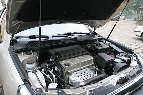 帝豪EC8发动机与底盘