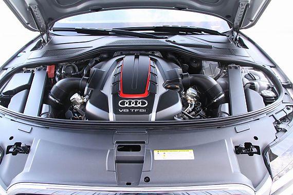 2012款奥迪S8引擎