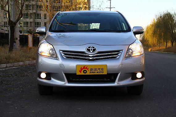 2011款丰田逸致外观