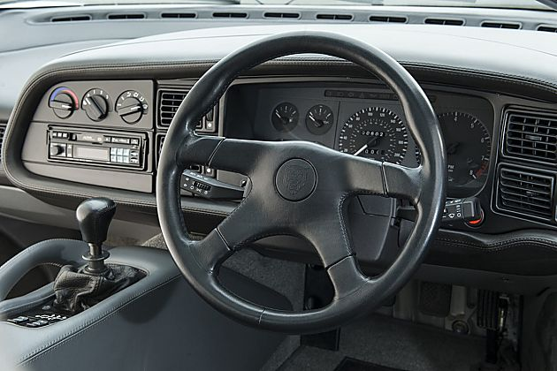 325,000英镑 优雅捷豹XJ220出售