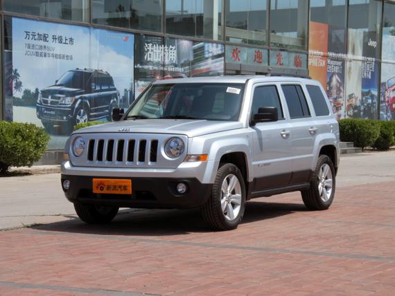 Jeep自由客暂无优惠接受预定订金1万元