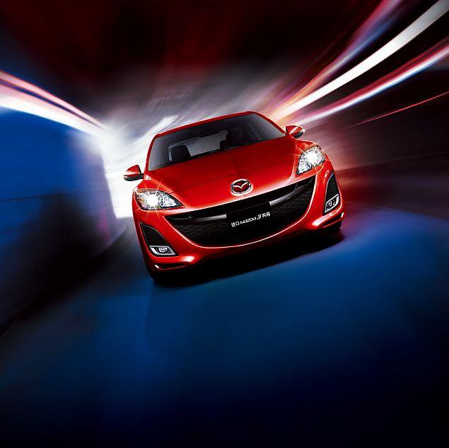 全新进口Mazda3两厢外观