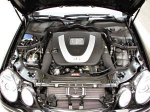 北京奔驰E230发动机图片