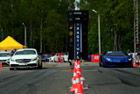 视频:直线加速赛 奔驰CLS63 AMG vs 大牛
