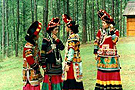 彝族少女换裙仪式