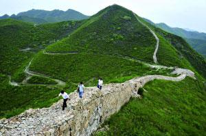 """庙港村的长城有10多公里长,""""样边长城""""只是其中的一小段。"""