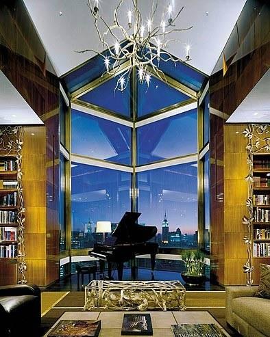 颇富艺术气息的豪华套房