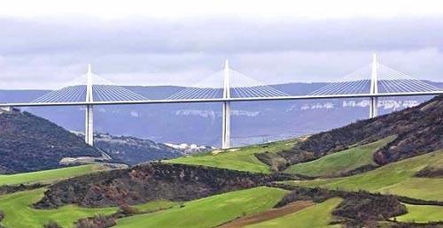 法国米洛大桥