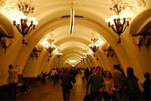 古典的地铁站