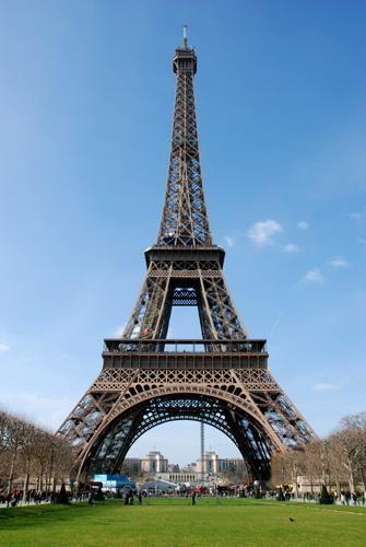 埃菲尔铁塔 巴黎地标性建筑