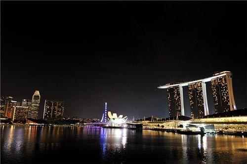 美丽夜景(来源:阿滋猫的新浪博客)