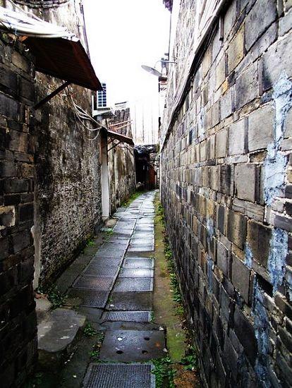 古镇的小巷