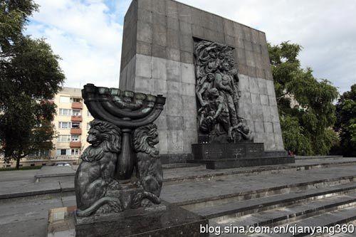 华沙犹太纪念碑