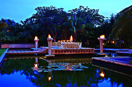 蜜月套房的私享花园和私人泳池,再加上特色Spa和其他活动设施,让新人在星光之下享受极致浪漫。