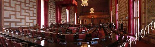 市政厅的议会厅
