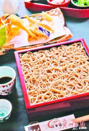 到日本,拉面是必尝美食。