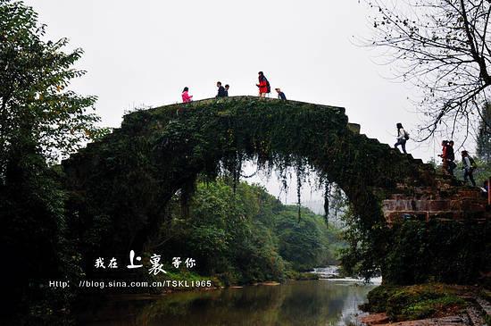 """古镇最为典型的""""二仙桥"""""""