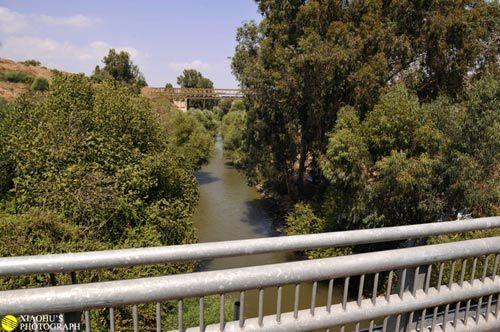 这里便是约旦河