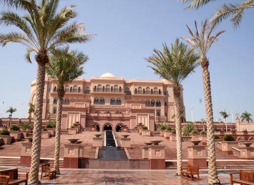 地标式酒店 Emirates Palace
