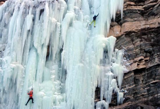 冰与岩,征服自我 摄影:空游无依