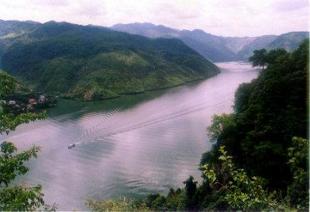 新浪旅游配图:美丽的富春江 摄影:爱在天空