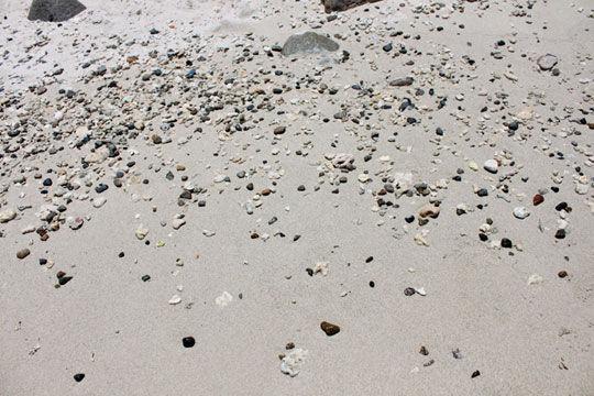 乌石岛上的沙滩