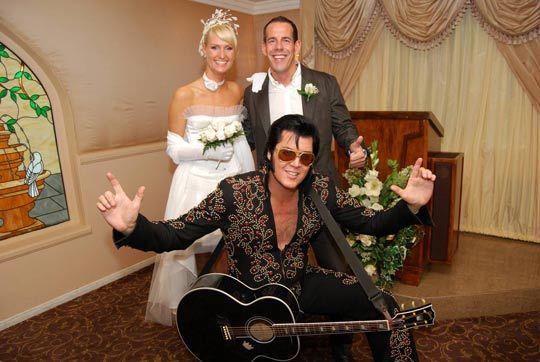 猫王式婚礼