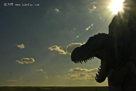 恐龙博物馆 作者:空游无依