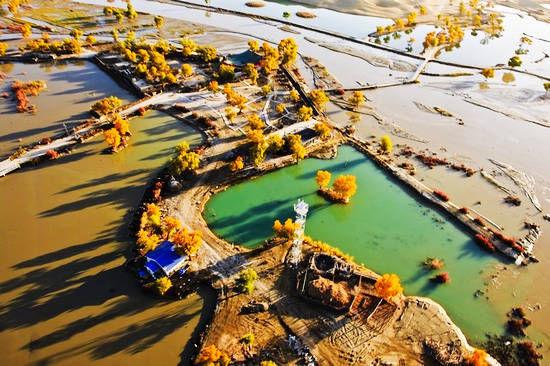 罗布泊 图:《中国城市旅游》