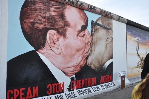 柏林墙――兄弟之吻