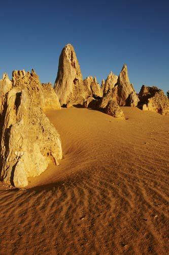 西澳南邦国家公园,尖峰石阵