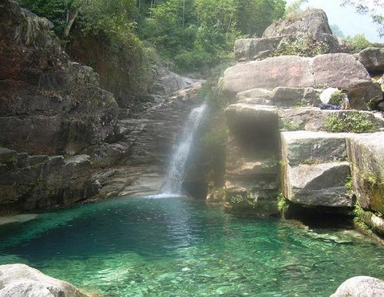 秀丽的山水 图片来源:远方网