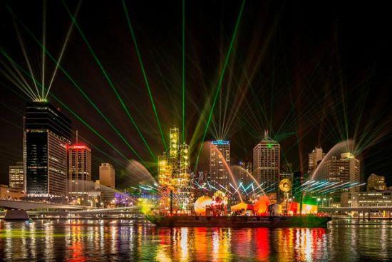 布里斯班节Santos-GLNG-城市灯光