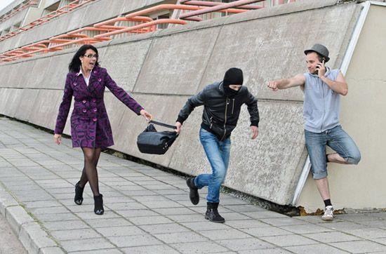 女性独自出游安全贴士