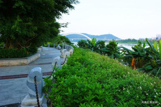 岸边风景 图片来源:风展 新浪博客