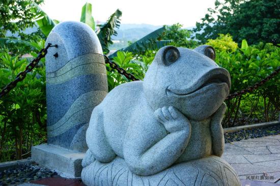 公园石雕 图片来源:风展 新浪博客