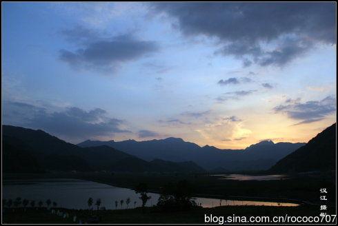 九湖夕阳无限好