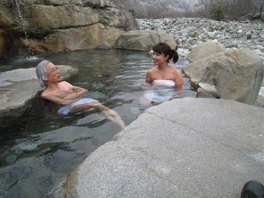日本男女共浴