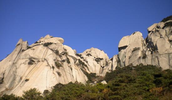 天柱山景色