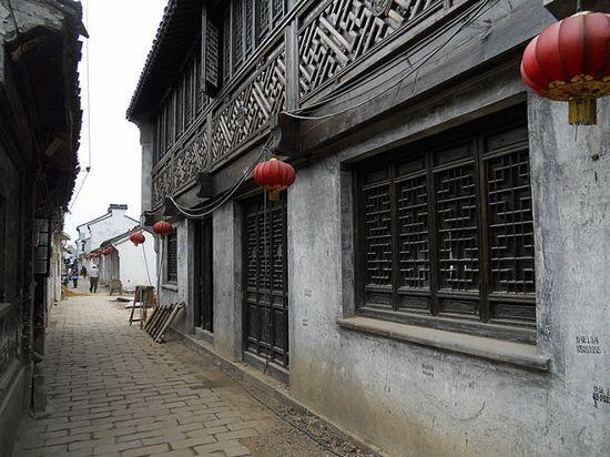 狭窄的老街