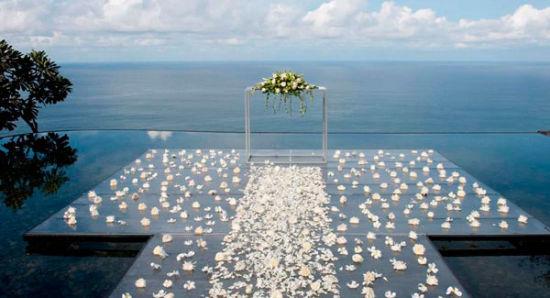 带你走进浪漫婚礼地巴厘岛