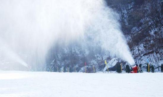 西安翠华山滑雪场