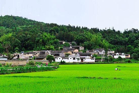 三月云涌风和漫游在云南腾冲县和顺古镇